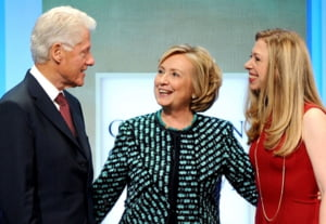 Bill si Hillary Clinton au devenit bunici