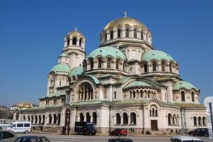 Biserica din Bulgaria nu mai vrea refugiati, de teama ca o sa dispara... statul