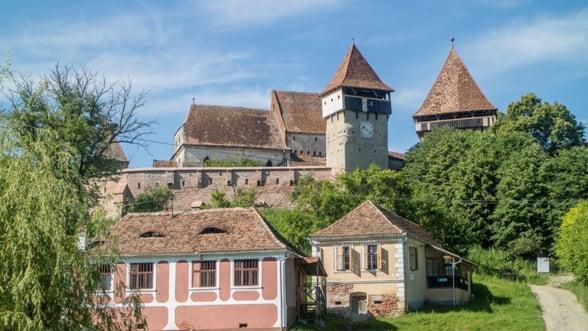 Biserica fortificata din Alma Vii, restaurata cu o investitie de 500.000 de dolari - etapele proiectului