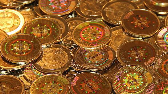Bitcoin: Cat de amenintati se simt marii procesatori de plati electronice
