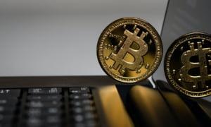 """Bitcoin a scazut cu peste 10%, dupa ce Elon Musk a declarat ca preturile criptomonedelor """"par ridicate"""""""
