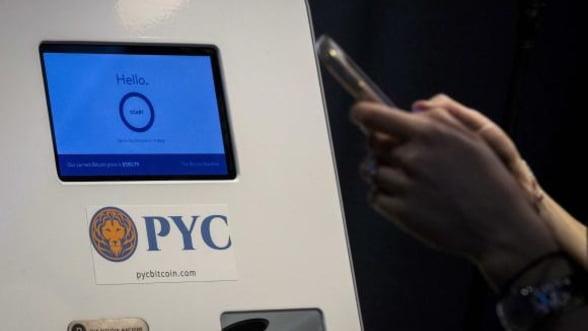 """Bitcoin nu e doar o moda trecatoare: """"In cinci ani ar putea inlocui cartile de credit"""