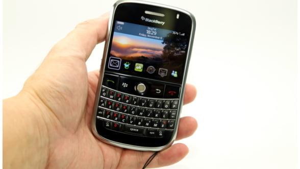 BlackBerry le da aplicatii gratuite clientilor furiosi