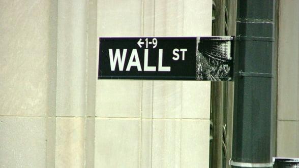 Bloomberg: Bancile de pe Wall Street si-au devansat rivalele europene in 2018