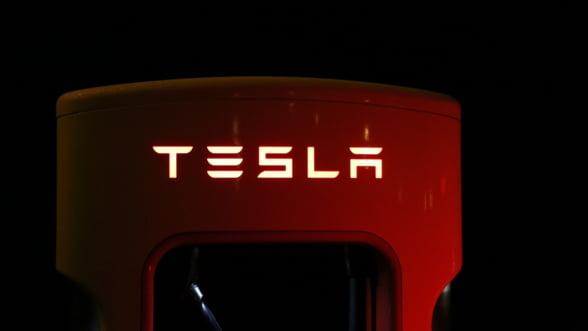 Bloomberg: Impinsa de la spate de masurile lui Trump, Tesla investeste cinci miliarde de dolari in China