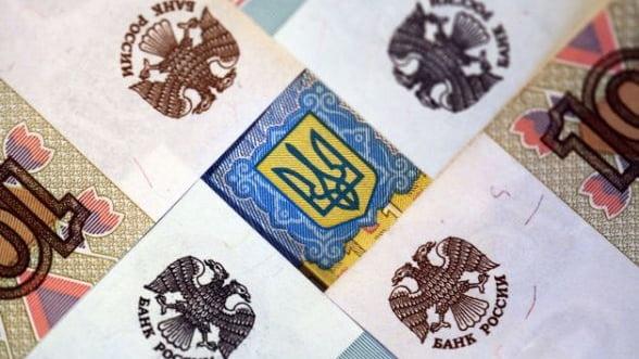 Bloomberg: Spalarea miliardelor rusesti lasa dovezi impotriva apropiatilor lui Putin