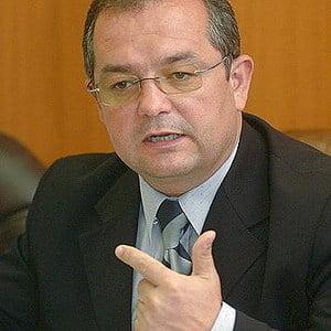 Boc: Este inadmisibil ca Romania sa importe 70% din produsele agroalimentare