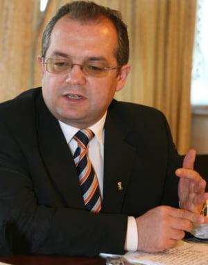 Boc: Ilie Sarbu este de vina pentru neplata subventiei pe cap de bovina
