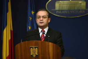Boc: Ministrii care nu vor realiza proiectele pentru 2011, pleaca din guvern