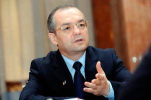 Boc: Premierul Victor Ponta sa ceara ministrului de Finante Victor Ponta reducerea CAS