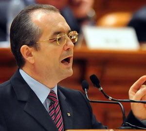 Boc evita sa confirme estimarea privind disponibilizarea a 100.000 de bugetari