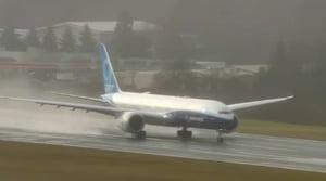 Boeing 777X, cel mai mare avion comercial cu doua motoare din lume, a efectuat primul zbor (Video)