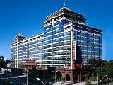 Bogatii Chinei, nestingheriti de criza, cheltuiesc intr-un ritm ametitor pe produse de lux
