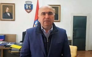 Bolojan anunta un nou regulament de construire in zona montana a judetului Bihor. Restrictii de ocupare a parcelelor si reguli privind aspectul constructiei