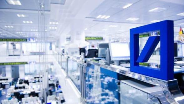 Bonusurile angajatilor Deutsche Bank, plafonate la 150.000 de euro cash