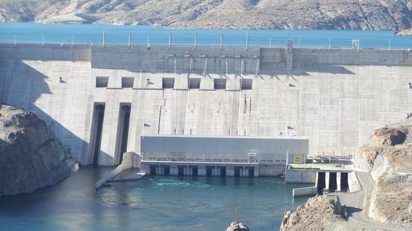 Borza a schimbat mai multi directori din Hidroelectrica