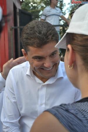 Boureanu a facut plangere penala impotriva politistilor. Vrea sa iasa din arest pentru control medical