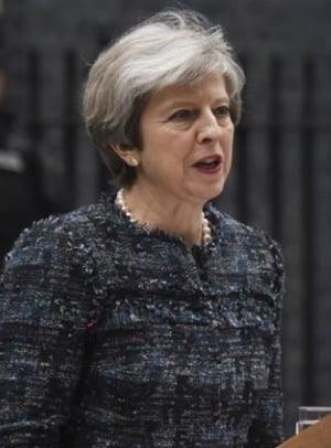 Brutarul roman care i-a infruntat pe teroristii de la Londra a fost dat exemplu de Theresa May