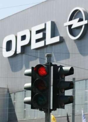 Bruxelles-ul admite ca nu intentioneaza sa blocheze vanzarea Opel catre Magna