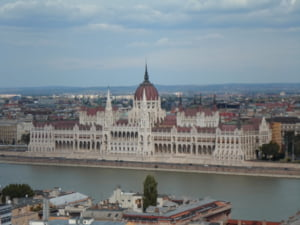 Budapesta, prima zona de tranzit pentru imigranti ilegali intr-un pasaj subteran