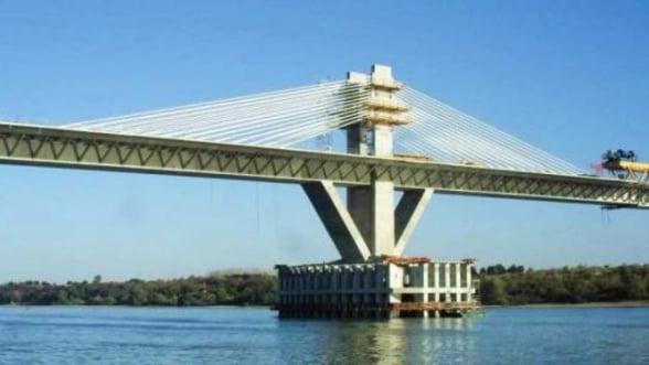 Bugetul MT ar putea fi suplimentat cu 1,667 milioane lei pentru exploatarea podului Calafat - Vidin