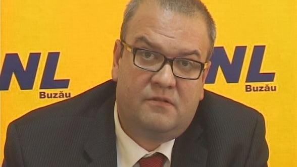Bugetul pe 2014 intra in dezbatere parlamentara in doua saptamani si va cuprinde si descentralizarea