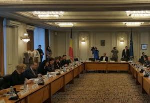 Bugetul pe 2016, dezbatut si votat in comisiile din Parlament