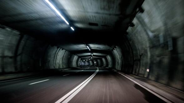 Bulgaria construieste un tunel rutier in continuarea autostrazii care face legatura intre Sofia si granita cu Grecia