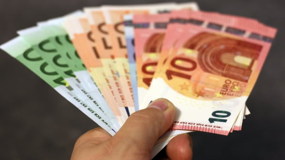 Bulgaria se apropie de momentul aderarii la euro. Romania stagneaza