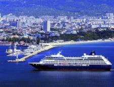 Bulgarii profita de prabusirea turismului in Turcia: Thomas Cook aduce 50.000 de turisti la vara