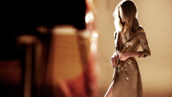 Burberry BODY: Intre parfum si bijuterie de lux