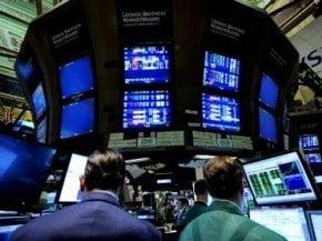 Bursa a coborat cu 4% in prima parte a sedintei