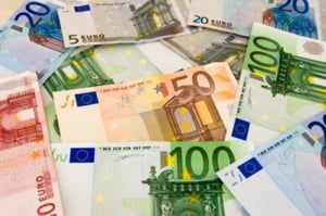 Bursele europene, afectate de evolutia euro