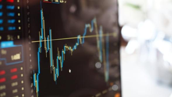 Bursele europene si-au revenit vineri dupa caderea istorica de joi