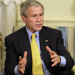 Bush spune ca economia americana are nevoie de interventia guvernului