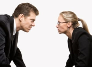Business Adviser: Agresivitatea angajatilor transforma compania intr-un teren de batalie
