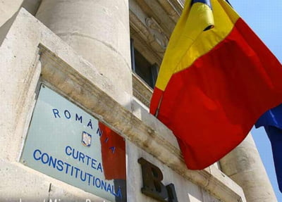 CCR a respins sesizarea lui Basescu privind modificarea Legii referendumului: Pragul de 30%, constitutional