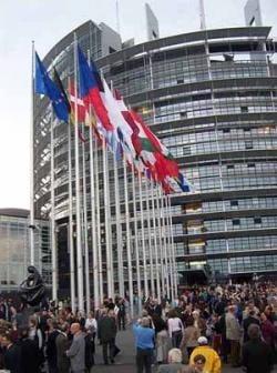 CE a emis o noua comunicare privind concurenta in cazul concentrarilor economice