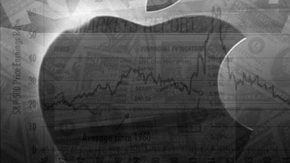 CEO-ul Apple, recompensat cu peste 300 milioane de dolari pentru 2011