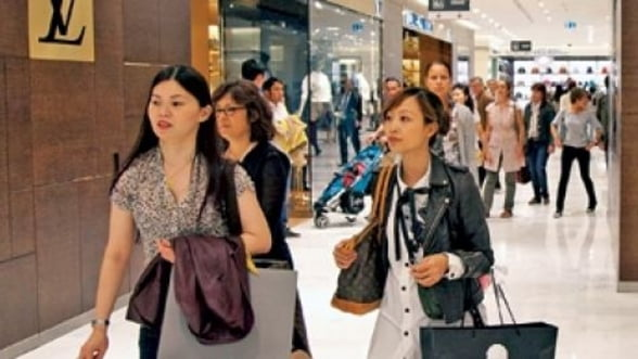 """CEO-ul Richemont: Europa, un """"muzeu"""" in aer liber pentru chinezi"""