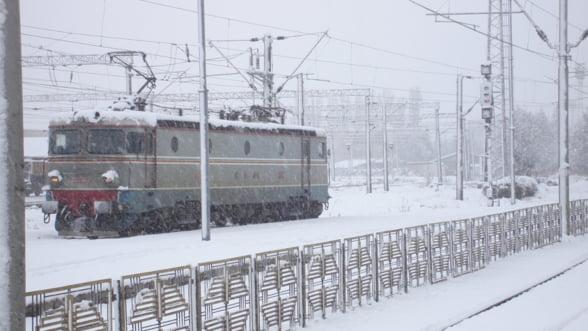 CFR: Trenurile ar putea fi anulate din cauza vremii