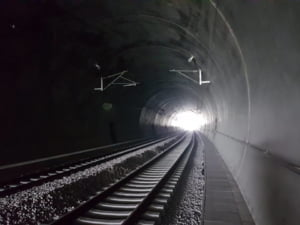 CFR a deschis cel mai lung tunel feroviar construit in Romania dupa Revolutie