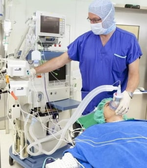 COVID-19: Imprimantele 3D si robotii adaptati la biohazard pot salva vieti, daca medicii si IT-istii isi dau mana. Virtual, desigur