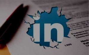 """CV-ul a """"murit""""! Traiasca Linkedin!"""