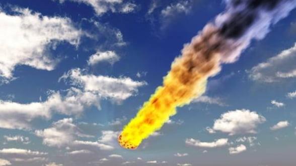 Caderea meteoritului din Rusia a ranit aproape 1000 de persoane