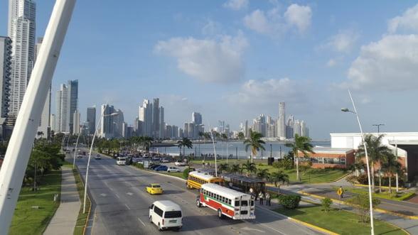 Canalul Panama introduce o suprataxa de 10.000 de dolari pentru vapoare din cauza secetei