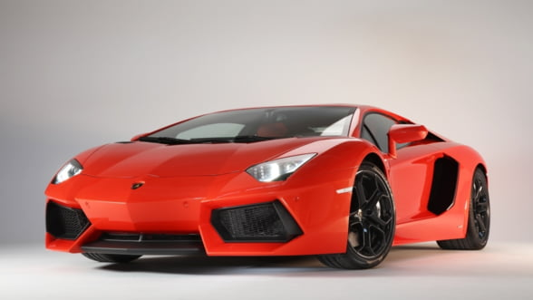 Car Lover's Dream Year: Conduci alta masina de lux, in fiecare saptamana