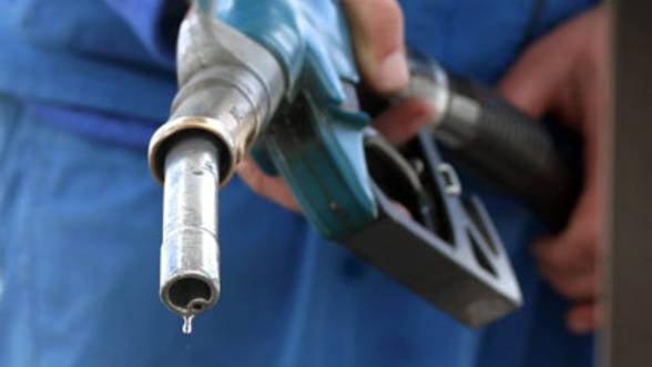 Carburantii se vor scumpi cu 0,4 lei pe litru dupa introducerea noii accize