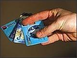 Cardurile de credit merg bine si in vreme de criza
