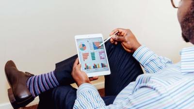 """Care este rolul """"scadențarului"""" şi cum influențează contractul tău de credit"""